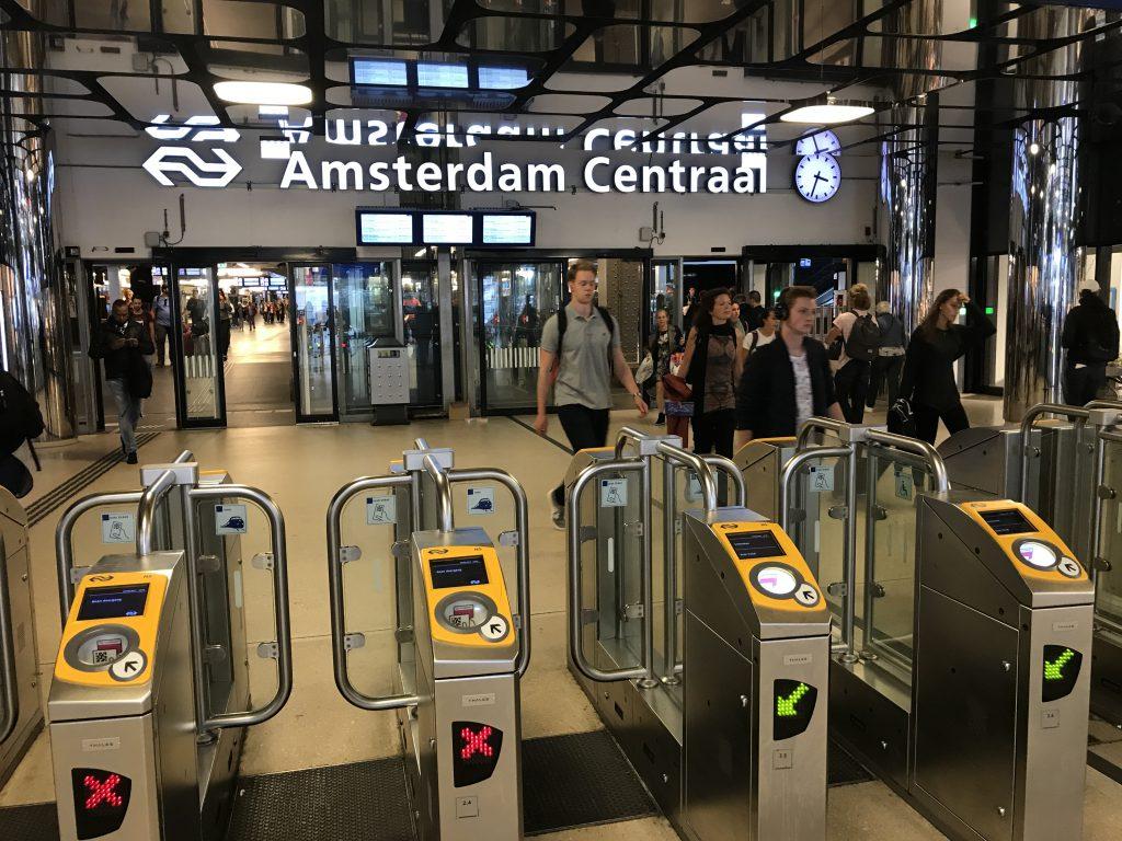Efficient en Beheerst Ontruimen Station Amsterdam CS